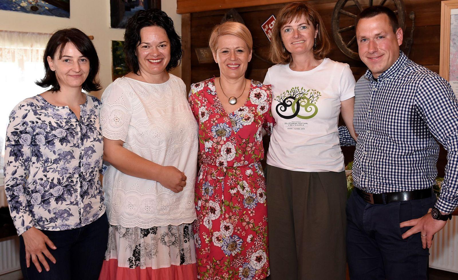 Lara Lapajne Golob, mag. Tatjana Buzeti, dr. Aleksandra Pivec, Aleksandra Gradišek in Gregor Renčelj Foto Sašo Radej